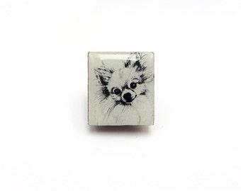 Pomeranian Dog Illustration Tile brooch.