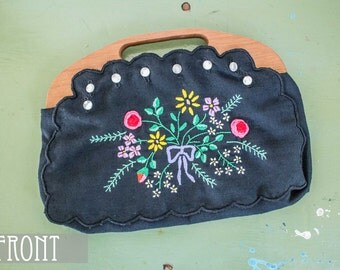 CLEARANCE>>> Vintage 1970s Black Floral Embroidered Interchangeable Purse with Wooden Handle