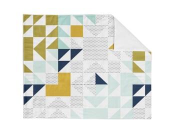 Crib Blanket Navy Old Maid - Crib Blanket - Baby Blanket - Triangle Blanket - Mint Blanket - Navy Baby Blanket - Gender Neutral