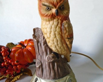Vintage Owl Night Light / Vintage Halloween Owl / Electric Night Light / Scary Looking Owl / Spooky Owl / Accent Light / Ceramic Table Lamp