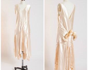 1920s Vintage Dress • Bridal Belle • Creamy Liquid Silk Satin Vintage 20s Gown Size Small