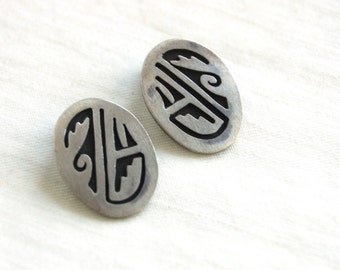 Southwestern Clip On Earrings Hopi Style Sterling Silver Vintage Native American Pattern Clips Tribal Design