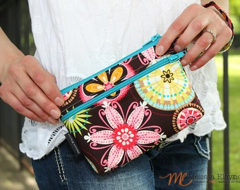 Medium - iPhone 6 Wristlet / Samsung Galaxy -Clutch/Wrist Wallet with Removable Strap -Brown and Pink Floral