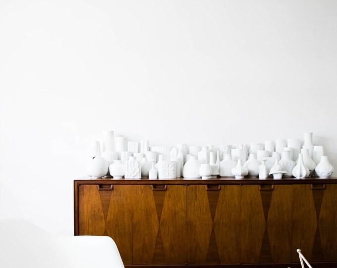 ONE VASE Mid Century Matte White Porcelain Vase // Fabius von Kugel Hutschenreuther West Germany