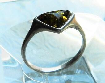 Vintage Amber Ring - SZ 8 1/4 - Sterling Silver