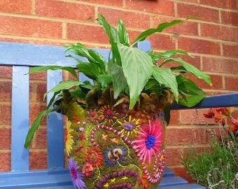 felted plant pot, storage, ornament, decoration, vessel, handmade, wool, felt, waldorf, garden, plants, nature, flowers, MADE TO ORDER