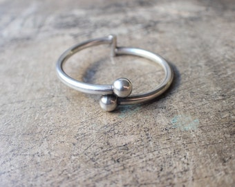 Clamper BRACELET / Sterling Ball Jewelry / Vintage Silver Hinged Bracelet