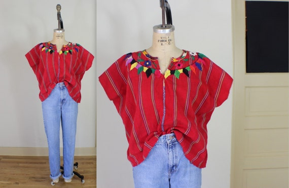 Embroidered BLOUSE / Vintage Guatemala Top / Red Floral Crop Top
