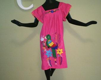 Parrothead Hot Pink Hawaiian Caftan Dress Embroidered Appliqué Appliquéd Muumuu Muu Muu Parrot Head Convention Festival Jimmy Buffett Party