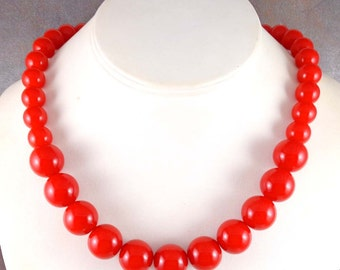 Red Bead Necklace, Statement Necklace, Chunky, Graduated Necklace, Acrylic, Big Bead Necklace, Gumball Necklace, Chunky Red Necklace