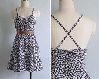 Vintage 90's 'Miss Barrymore' Black Daisy Floral Cross Back Sun Dress XS or S