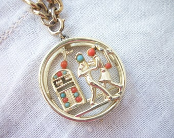Jukebox Choker Pendant Necklace ~ Sarah Coventry ~ Chain Link Necklace ~ Faux Turquoise Coral Accents ~ Charm Pendant