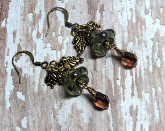Green Flower Earrings, Gold Leaf Earrings, Fall Earrings, Autumn Earrings, Holiday Earrings, Flower Earrings, Dangle Earrings, Leaf Jewelry