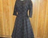Gorgeous PLAID WOOL Leslie FAY Day Dress