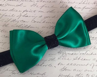 Christmas Emerald satin bow ,Emerald headband,green headband ,satin headband,black sparkly headband