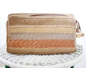 italian straw clutch / see details