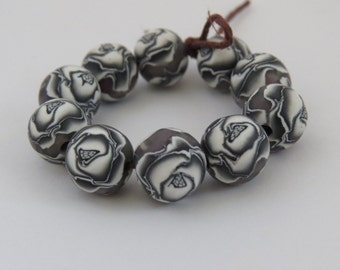 Black and White Rose beads, Round beads, Flower beads, DIY Crafts, Jewelry Supply, shygar beads, clay beads, handmade beads, 10 pieces