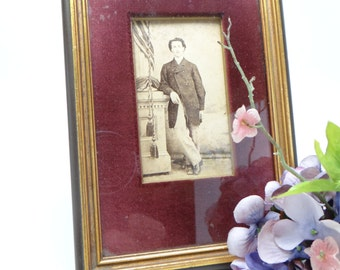 1908 Frame with Male Photograph, Fabric Mat