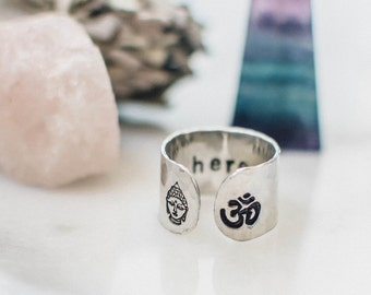 Be here now ring. Secret message ring.  Yoga gift ring. Inspirational ring. Gift for her ring. Yoga Jewlery. Om ring. Buddha ring. RTS RA002