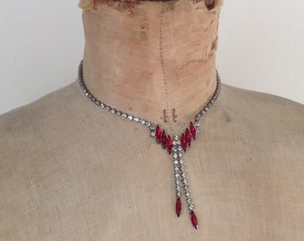 Vintage 50s Rhinestones necklace white and red