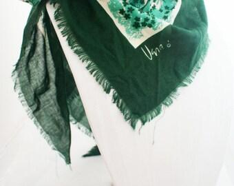 Scarf - Large Triangle Vera Neumann Hunter Green Italian wrap with fringe