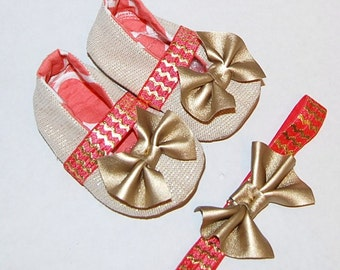 Gold baby shoes Mary janes  Coral  gold  chevron  Gold bowtie headband  gold baby shoes  elastic strap   gold headband  gold bowtie