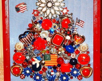 Vintage Jewelry Framed Christmas Tree~AMERICAN CHRISTMAS Red White Blue Patriotic Jewelry Tree~USA Military Veteran Heirloom