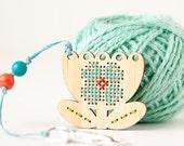 CLEARANCE: DIY Kit, Tulip Zipper Pull, Embroidery Scissor Fob, Modern Cross Stitch Kit, Embroidered Zipper Charm, Key Chain Charm, Key Ring