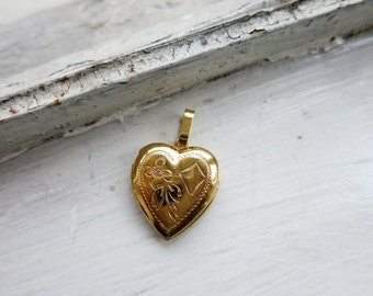 Vintage Heart Locket Pendant in Silver Gold Filled Finish