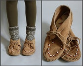 Minnetonka Slip On Moccasin Shoes Lace Ties and Beaded Toes