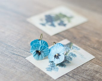 Blue flower earrings - pansy violet jewelry - nature inspired earrings - botanical flower earrings - pansy jewelry - blue jewelry
