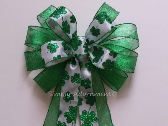 St Patrick's Wreath Bow Kelly White Shamrock Wreath Bow Irish Christmas Bow Wedding Decorations Kelly Green Shamrock Bow St Patrick Gift Bow