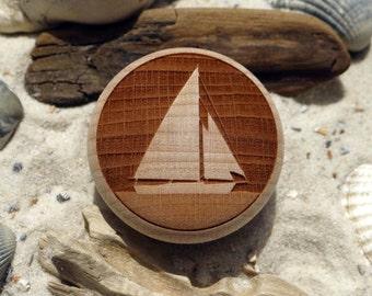 Cabinet knob sloop sailboat yacht engraving wood beech - furniture knob - beech - sailing boat - engraving - incl. screw
