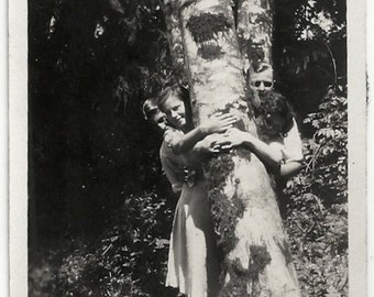 Old Photo Group of Women and Men Hugging Tree 1930s Photograph snapshot vintage