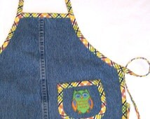 Toddler Apron - Upcycled Denim with Owl Applique - Kids Denim Play Apron - Blue Jean Child Apron