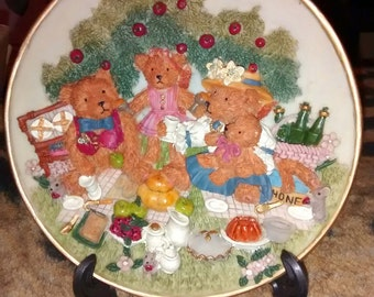 "Regency Fine Arts 3D ""Teddy Bears Picnic""....  Collector's Plate  Unused With Original Box"