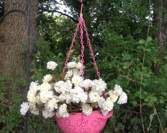 Vintage Colander Hanging Planter - Pink Metal Yard Art - Indoor/Outdoor Planter - Pink Yard Decor