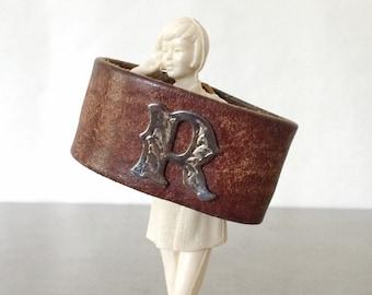 Monogram Bracelet - Letter R Brown Leather Cuff - Size Medium