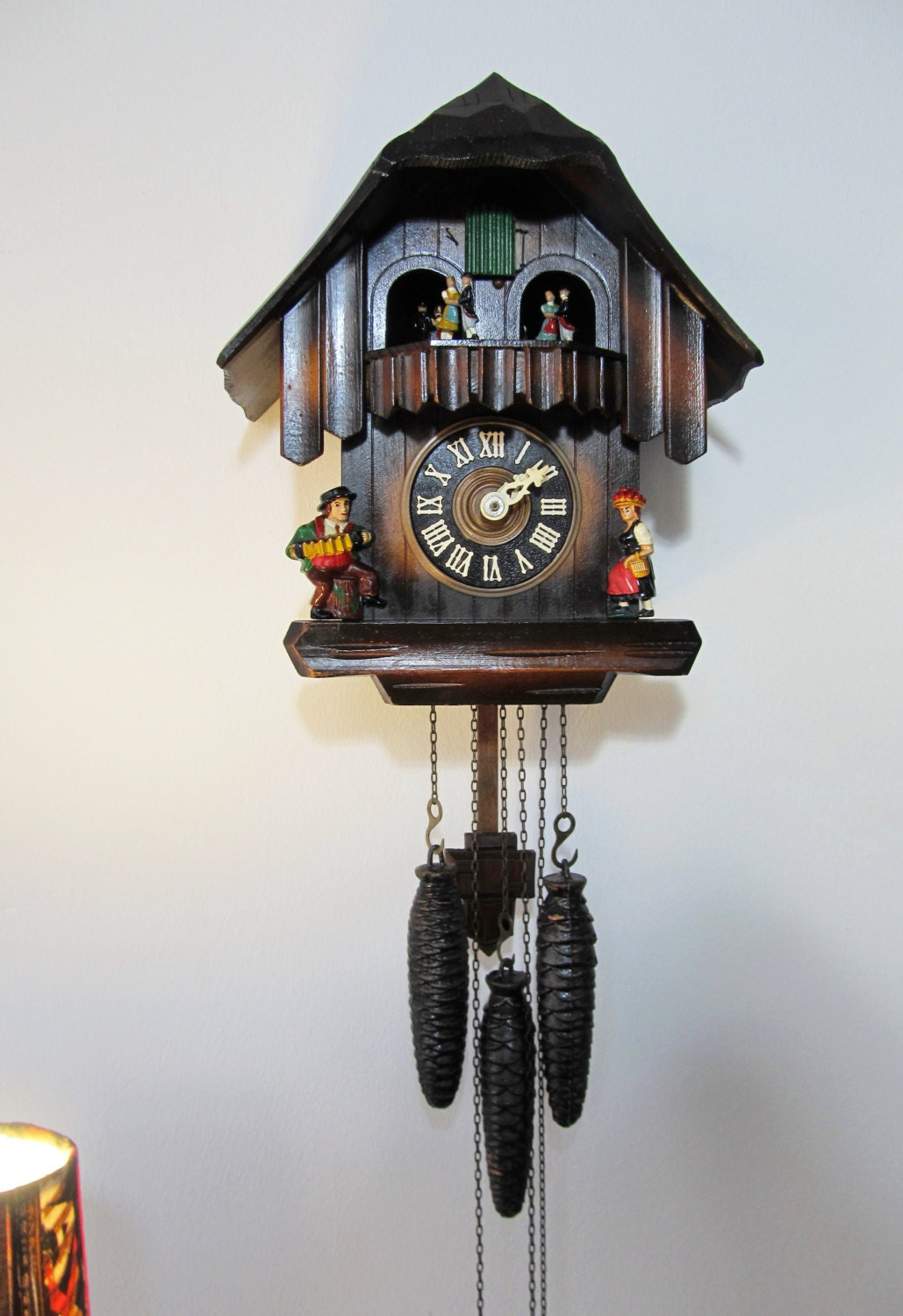 Vintage Cuendet Black Forest Large Size Cuckoo Clock With