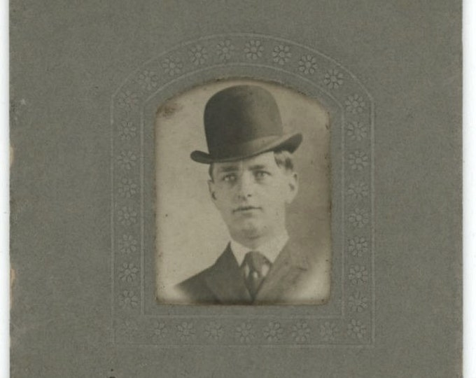 Vintage Arcade Mini Photo, Early 1900s: Man in Bowler Hat (61445)