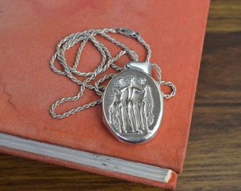 """Vintage Sterling Silver Greek Goddess Nude Butts Locket Necklace 25"""" Chain (All .925)"""
