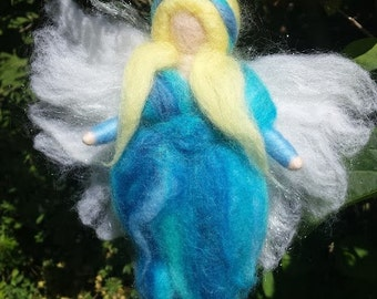 Needle felted Fairy, Waldorf Inspired, Summer