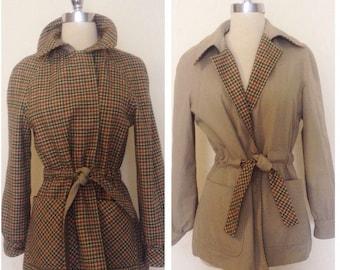 1960s Vintage Women's Reversible Tweed / Khaki Belted Waist Jacket Size M