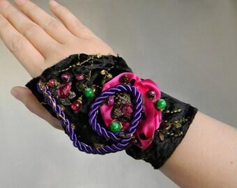 Gypsy Cuff Bracelet, Fabric Wrist Cuff, Ethnic Jewelry, Gypsy Jewelry, Textile Jewelry, Ethnic Embroidery and Silk Velvet, Arm cuff, Armband