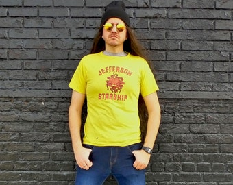 Vintage 1970s JEFFERSON STARSHIP Red Octopus Yellow T-Shirt Size M