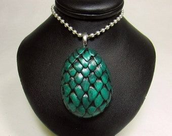 Dragon Egg Pendant 100% handmade necklace made with green polymer clay. Inspired by Daenerys, Game Of Thrones,