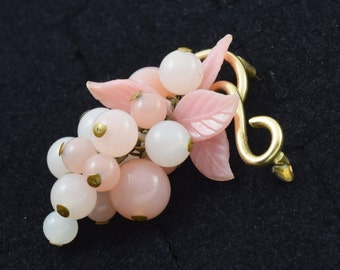 Pink Glass Art Deco Era Cluster of Grapes Brooch Plastic Leaves Brass C Catch ~ Lot 9708