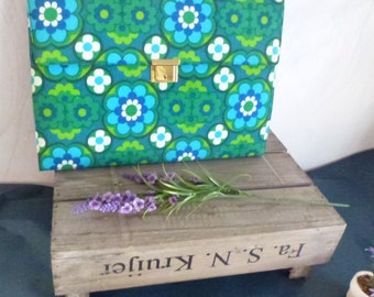 organizer for writing letters- green blue office gift