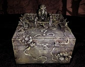 Crusted Cthulhu Box - Sending Agnes