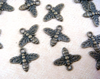 Charm, Brass Bumble Bee Charm - Antiqued Brass Bees - 14x16mm - Qty. 24